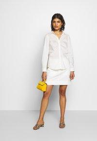 Benetton - SKIRT - Áčková sukně - white - 1