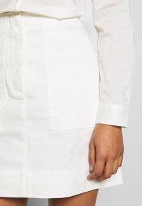 Benetton - SKIRT - Áčková sukně - white - 4