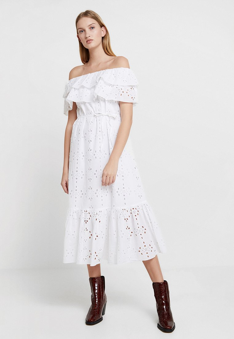 Benetton - BRODERIE ANGLAISE BARDOT DRESS - Vestido informal - white
