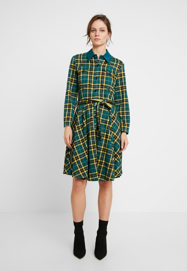 CHECK ALINE DRESS WITH BELT - Blousejurk - green/yellow