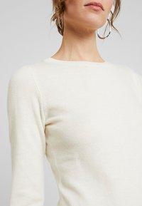 Benetton - DRESS - Pouzdrové šaty - white - 5