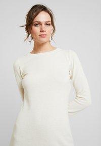 Benetton - DRESS - Pouzdrové šaty - white - 3