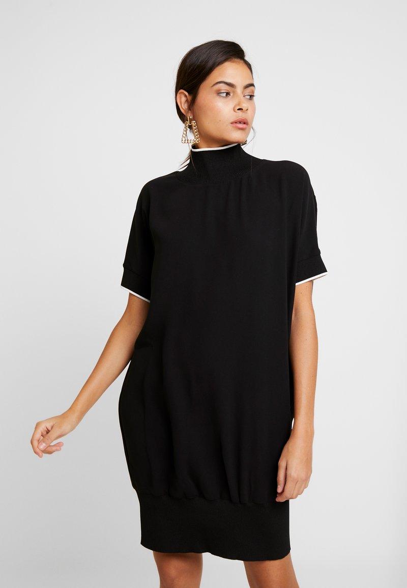 Benetton - DRESS - Pletené šaty - black