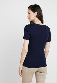 Benetton - ROUND NECK TEE - Basic T-shirt - navy - 2