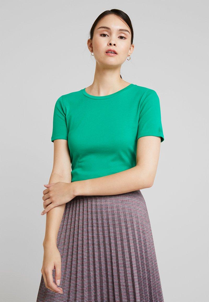 Benetton - ROUND NECK TEE - T-shirts - bright green
