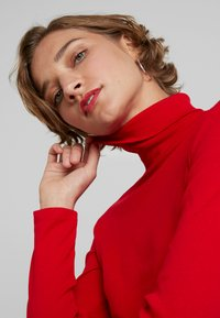Benetton - TURTLE NECK - Long sleeved top - red - 4