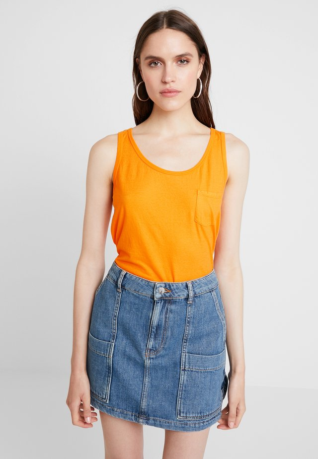 LOOSE FIT TANK WITH POCKET - Top - orange