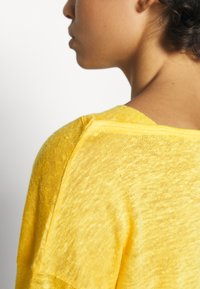 Benetton - Bluzka z długim rękawem - yellow - 5