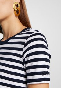 Benetton - T-shirt con stampa - navy - 5