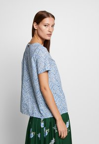 Benetton - BLOUSE - Pusero - blue - 2