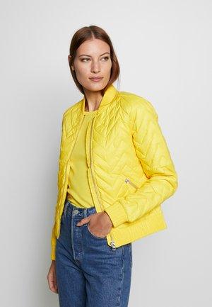 Down jacket - yellow