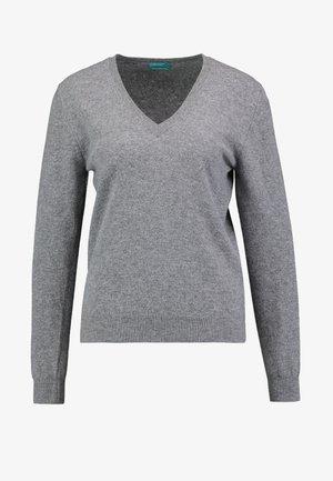V NECK - Pullover - mid grey