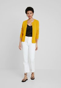 Benetton - ROUND NECK CARDIGAN - Kardigan - mustard yellow - 1