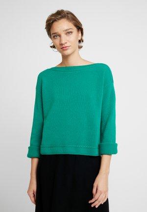 MIX BOAT NECK CROP - Jumper - green