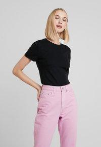 Benetton - BLEND CREW NECK - T-shirt basic - black - 0
