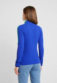 Benetton - TURTLE NECK TAPE DETAIL - Pullover - blue - 2