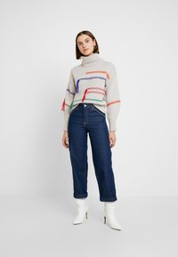 Benetton - MAXI TURTLE NECK JUMPER WITH CONTRAST STITCH DETAILS - Svetr - ivory - 1