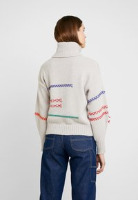 Benetton - MAXI TURTLE NECK JUMPER WITH CONTRAST STITCH DETAILS - Svetr - ivory - 2