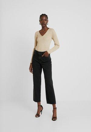 ROUND NECK - Pullover - gold