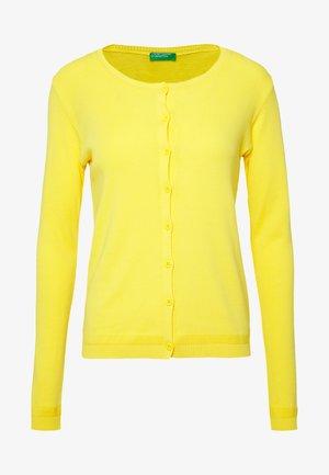 Neuletakki - yellow