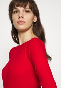 Benetton - Sweter - red - 5