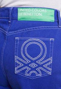Benetton - CROP - Jeans a zampa - royal blue - 5