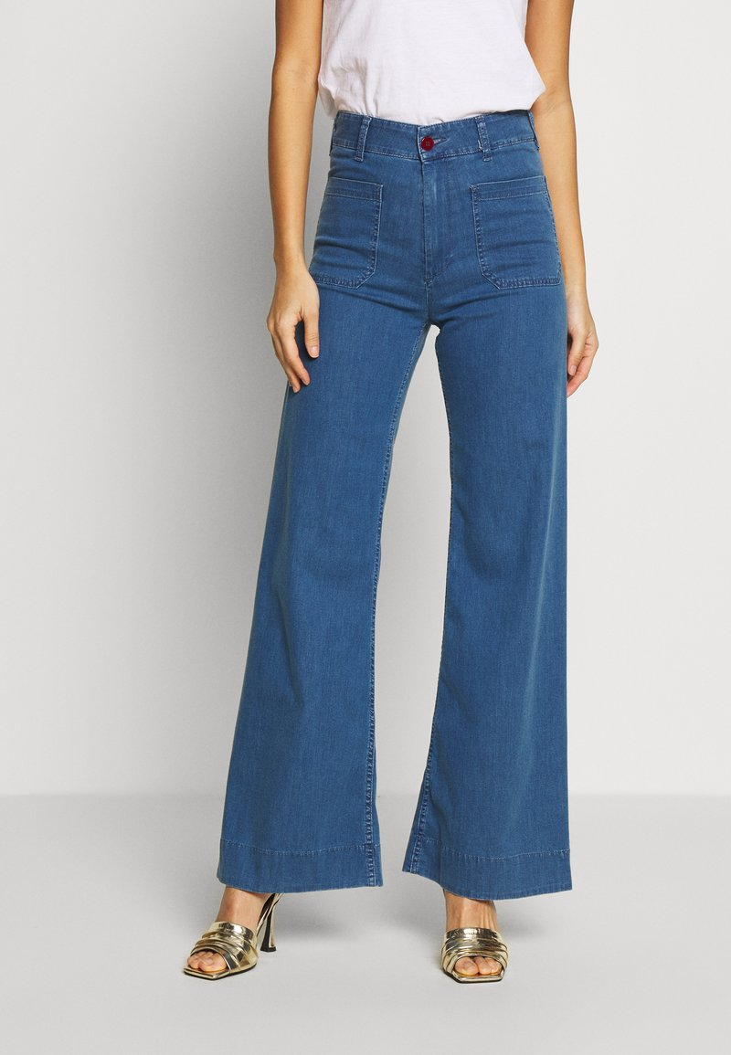 Benetton - TROUSERS - Flared jeans - mid blue