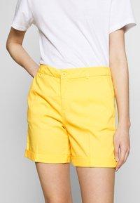 Benetton - BERMUDA - Shorts - yellow - 4