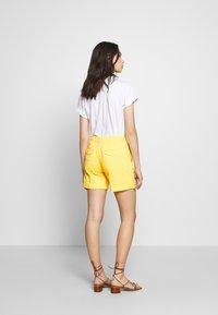 Benetton - BERMUDA - Shorts - yellow - 2