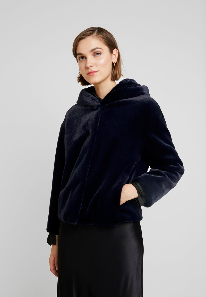 Benetton - SHORT HOODED JACKET - Übergangsjacke - navy