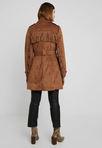 Benetton - TRENCH COAT WITH FRINGES - Prochowiec - brown - 2