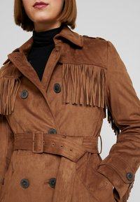 Benetton - TRENCH COAT WITH FRINGES - Prochowiec - brown - 5