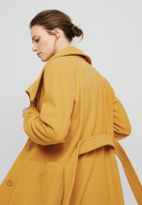 Benetton - COAT - Mantel - mustard - 3