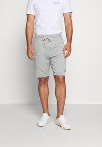 Benetton - Shorts - light grey - 0