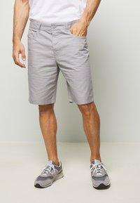 Benetton - BASIC CHINO - Shorts - grey - 0