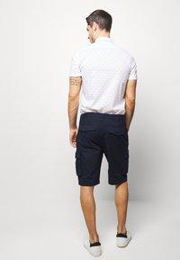 Benetton - CARGO - Shorts - dark blue - 2