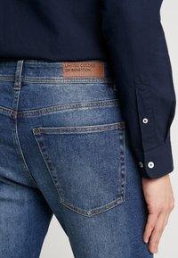 Benetton - SLIM ROLLED UP - Jeans slim fit - dark blue demin - 5
