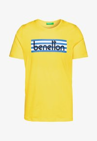 Benetton - T-shirt z nadrukiem - yellow - 3