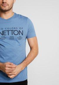 Benetton - T-shirt z nadrukiem - bluegrey - 5