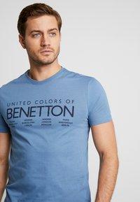 Benetton - T-shirt z nadrukiem - bluegrey - 3