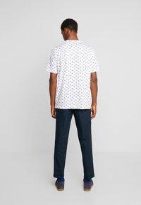 Benetton - T-shirts med print - white - 2