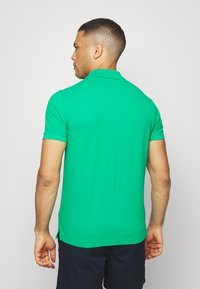 Benetton - REGULAR FIT - Polotričko - green benetton - 2