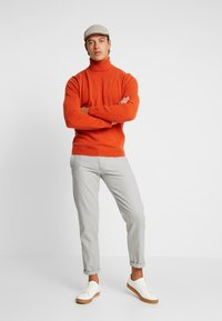 Benetton - Maglione - orange melange - 1