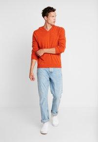 Benetton - Stickad tröja - orange melange - 1