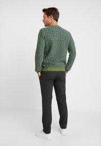 Benetton - Stickad tröja - blau grün - 2
