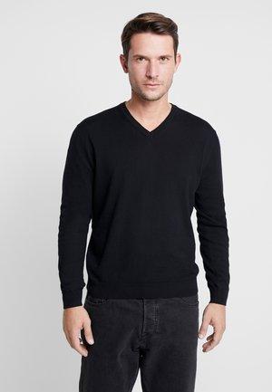 V NECK - Stickad tröja - black