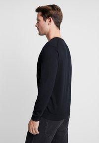 Benetton - V NECK - Stickad tröja - black - 2
