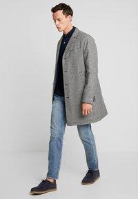 Benetton - Zimní kabát - black/white - 1