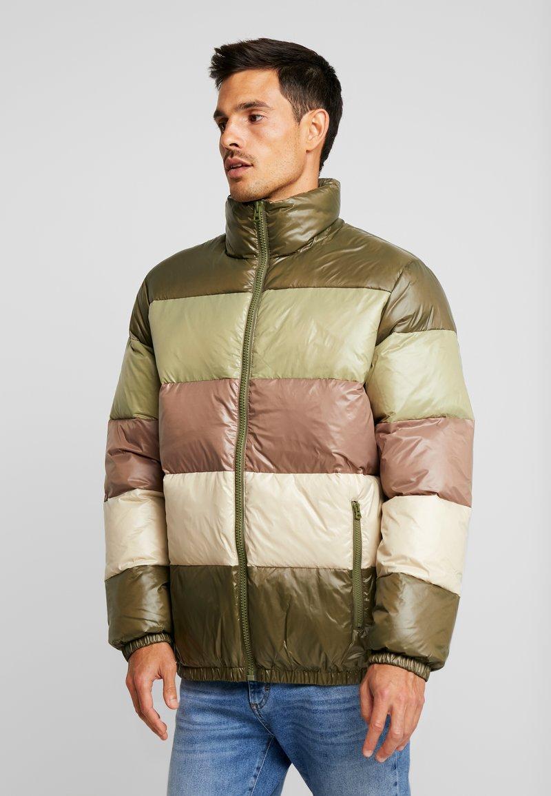 Benetton - Gewatteerde jas - olive