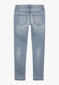 Benetton - TROUSERS - Jeans Slim Fit - light blue - 1